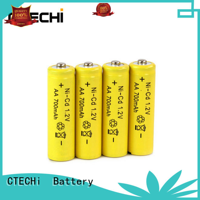 AA 1.2V 700mAh NiCd Rechargeable Batteries